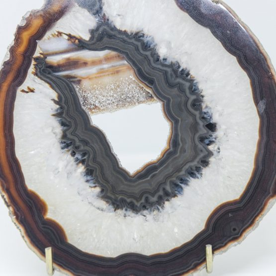 Micucci Interiors - Decorative Agate Slab With Natural Chrystals