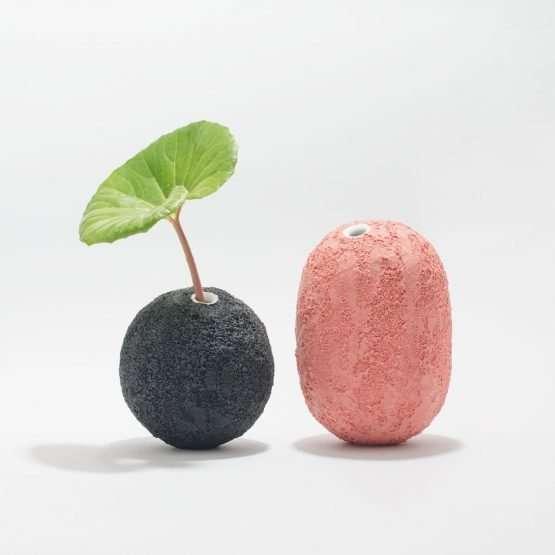 GEA Ceramic Vase-Graphite Black-Claudio Pulicati Ceramics