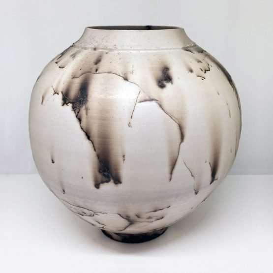Horsehair Round Vase-Ceramic